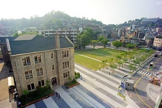 选择韩国大学要考虑的因素
