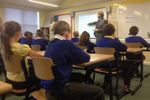 英格兰老师抵制小学考试